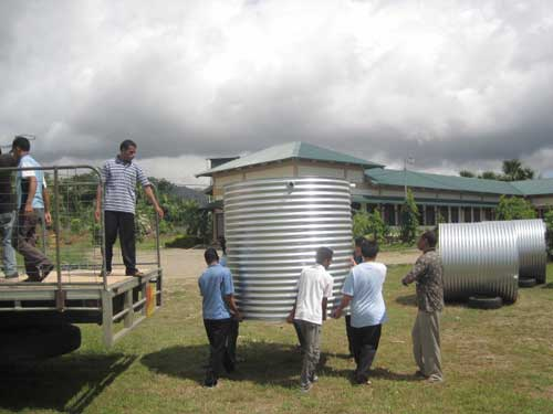 installing-water-tanks